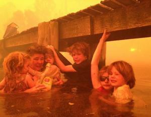 ap_australia_wildfires_2_dm_130109_ssh