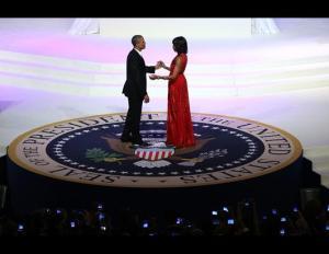 gty_inaugural_ball_obama_caketop_nt_130121_ssh